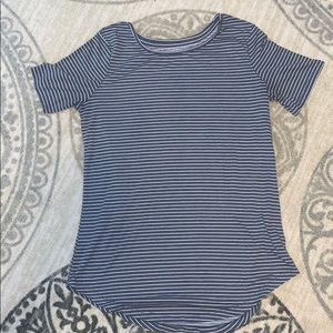 Old Navy Active Go-Dry T-Shirt